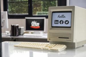 La nouvelle génération arrive…Et apporte un vent de modernité ! Suivez-nous maintenant sur les réseaux sociaux !